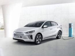 Ultracar's Favourite Hybrid Car for 2017