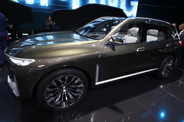BMW Concept X7