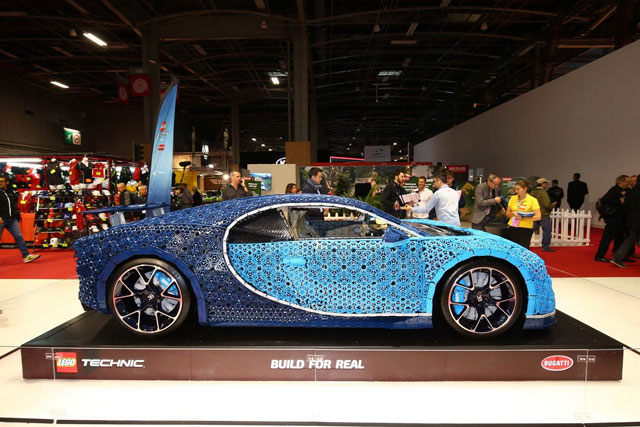 Bugatti Chiron made out of Lego Technic blocks