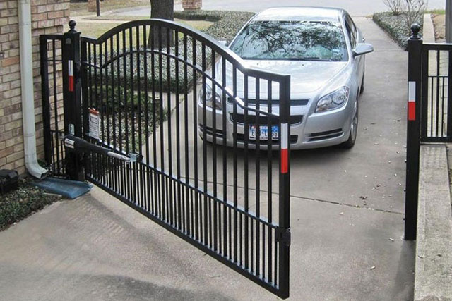 How To Install An Automatic Gate Opener For Your Car Driveway