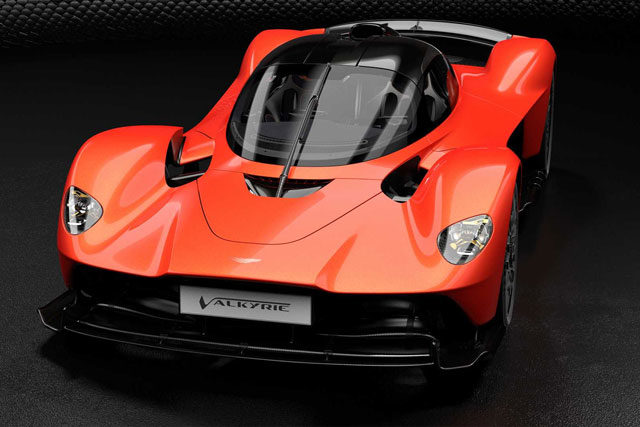 Aston Martin Valkyrie Packs 1,160 HP, Revs to 11,100 RPM