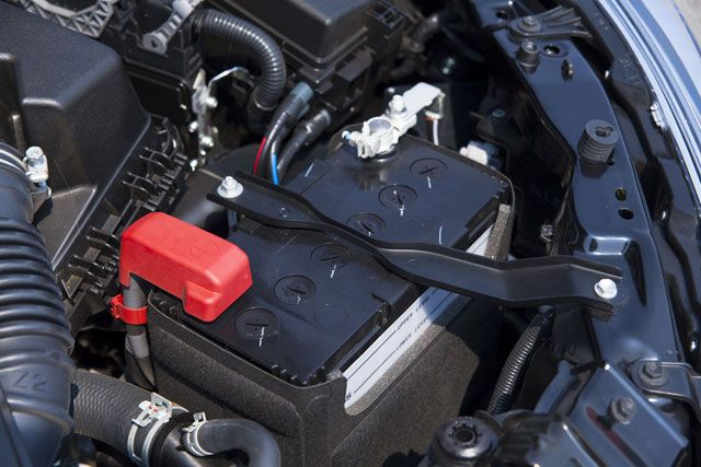Signs Your Car Battery Is Dying >> Don T Be Left Stranded 4 Signs Your Car Battery Is Dying