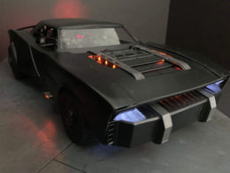 What Do The Batmobile Photos Tell Us About The Upcoming Batman Movie