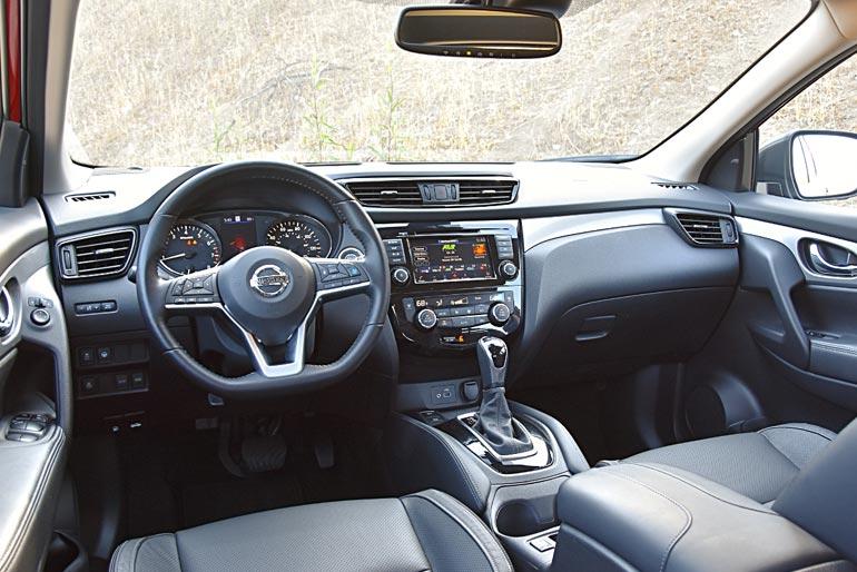 2020 Nissan Rogue Sport SL Interior