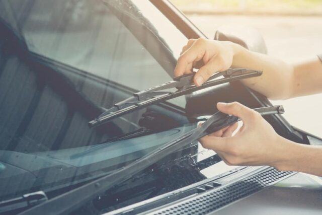 What Windshield Wipers Do I Need?