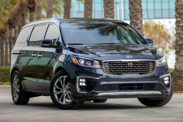 6 Reasons to Buy Minivans (and Why They Will Always Have Fans)